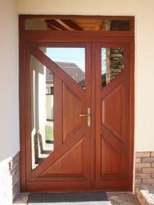 Vaszlavik bejárati ajtó